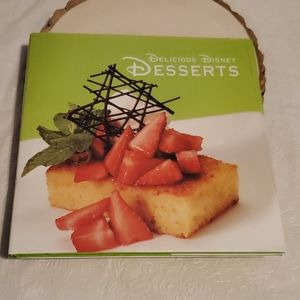 Delicious Disney Desserts Cookbook 2008